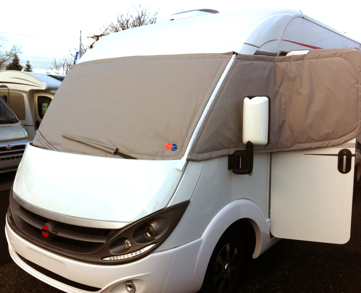 Camping car int gral comfort 39 therme isolation thermique pour camping car - Porte ouverte camping car ...
